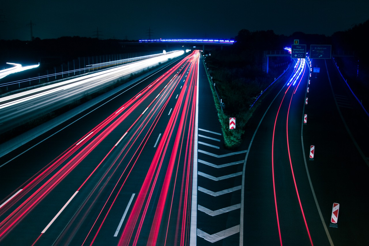 Szybka przeprowadzka. Usługi transportowe przeprowadzki Dąbrowa Górnicza – tanio