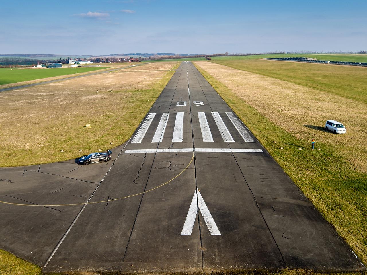 Specyficzne miejsca – koordynator ruchu lotniczego naziemnego, kto pracuje na lotnisku?