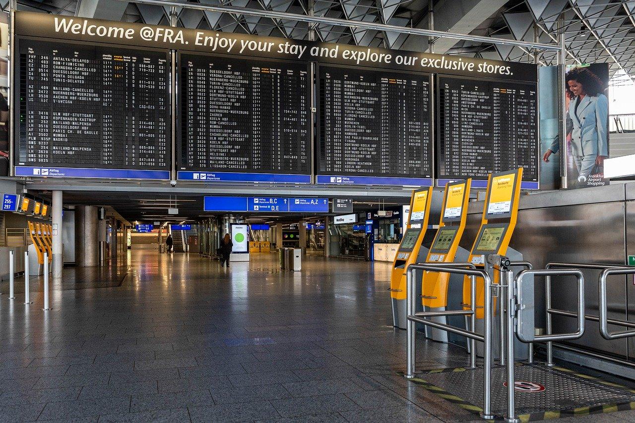W czasie oczekiwania na lot – kody samolotów, kod referencyjny lotniska